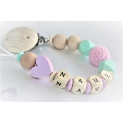 Personalised Pink Heart Crochet Wooden Dummy Clip /wooden pacifier holder pacifier chain